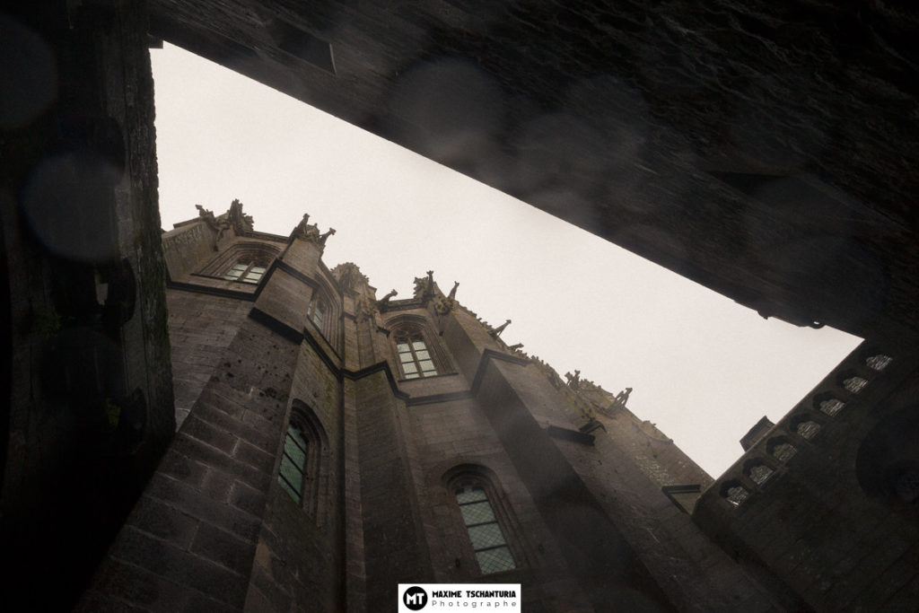 Vue en contre-plongée, Mont Saint-Michel, MaxPhotographe