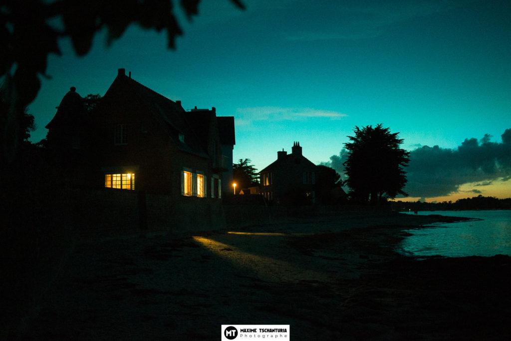 Photo art : Bord de Mer à l'heure bleue - Maxime Tschanturia, photographe professionnel Tours