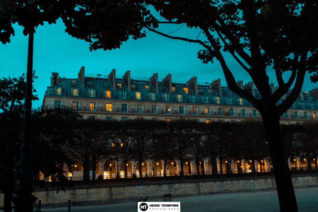 Photo art : Vue Parisienne à l'heure bleue - Maxime Tschanturia, photographe professionnel Tours